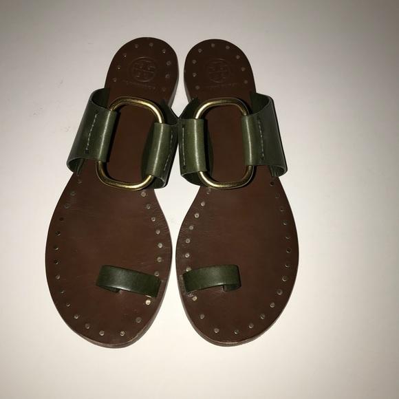 020dd13f474 Tory Burch Brannan Studded Sandals Size 9. M 5b8f211b8869f733a1f739e7